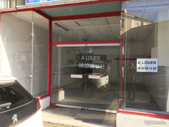 Local commercial 80 m² bas de Thiers / REF1780